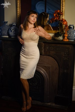 Cecily tantra massage in Englewood CO