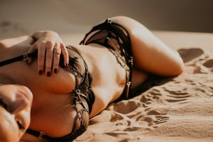 Cherley nuru massage in Oildale