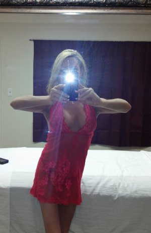Luisella erotic massage in Hartford