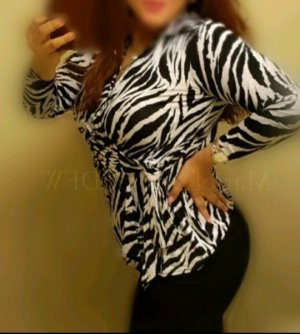 Maria-theresa happy ending massage in Novi